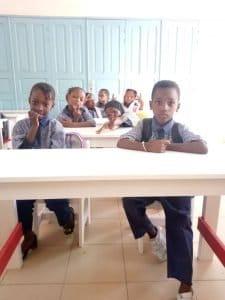 NIÑOS EN LA ESCUELA EN SENEGAL
